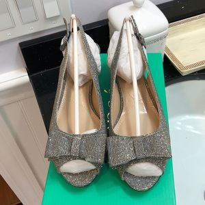 NWT J. Renee Sparkly  Bow Shoes.